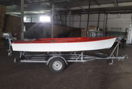 Flying Arrow, trailer en Buitenboord motor